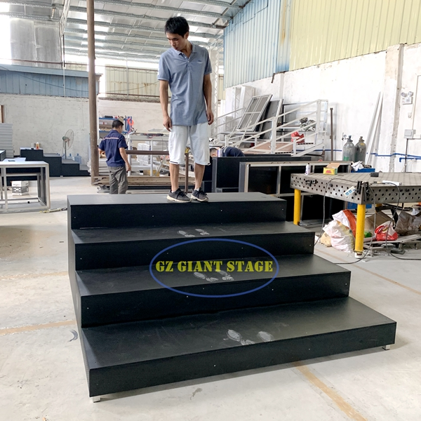 4 steps stage bleachers portable step stairs for sale