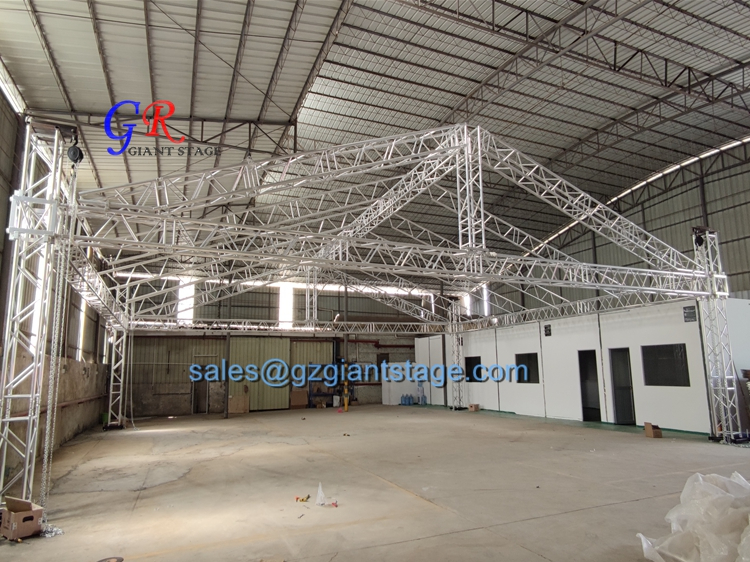 Guangzhou Giant Stage Factory Big Stage Lighting Truss Concert Stage Roof Truss